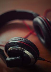 casque écouteur by pexels-splitshire